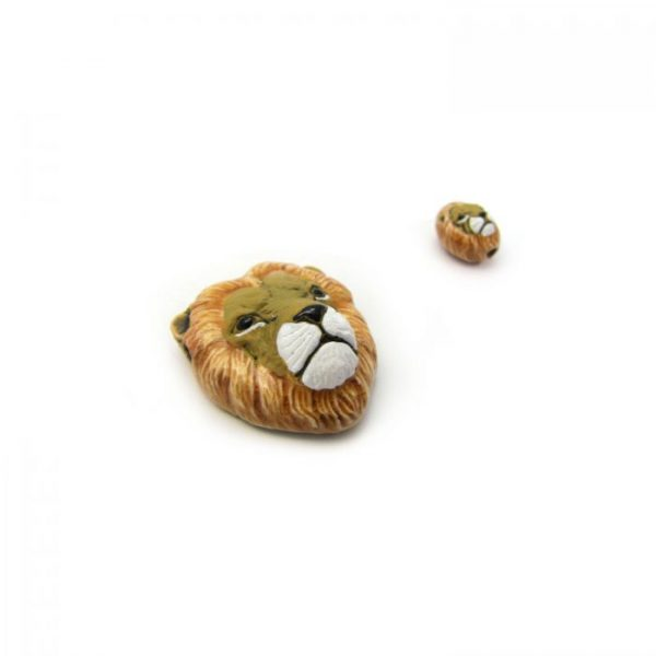 ceramic bead large and small lion head side view