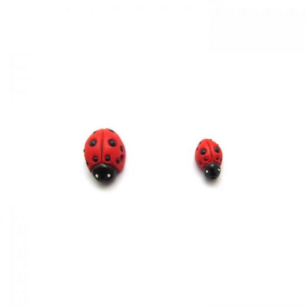 ceramic bead large and small red lady bug front on