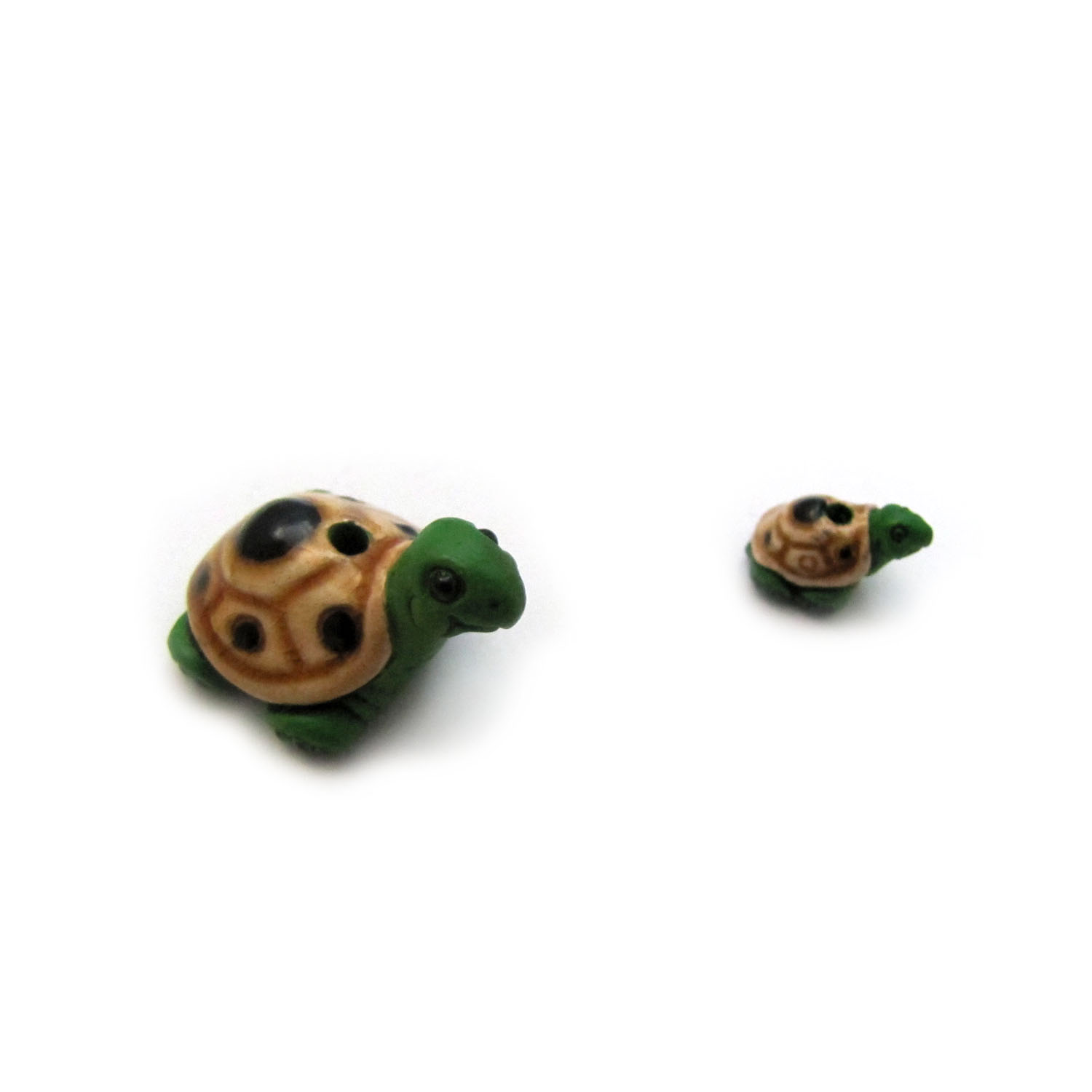 Green Turtle ceramic beads large and small green turtle side view