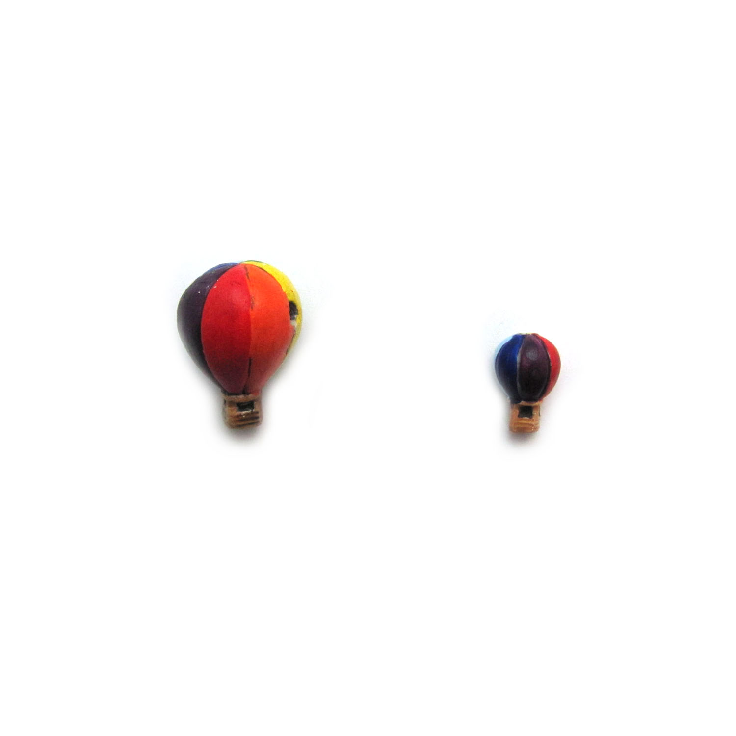 ceramic beads large and small hot air balloon front view
