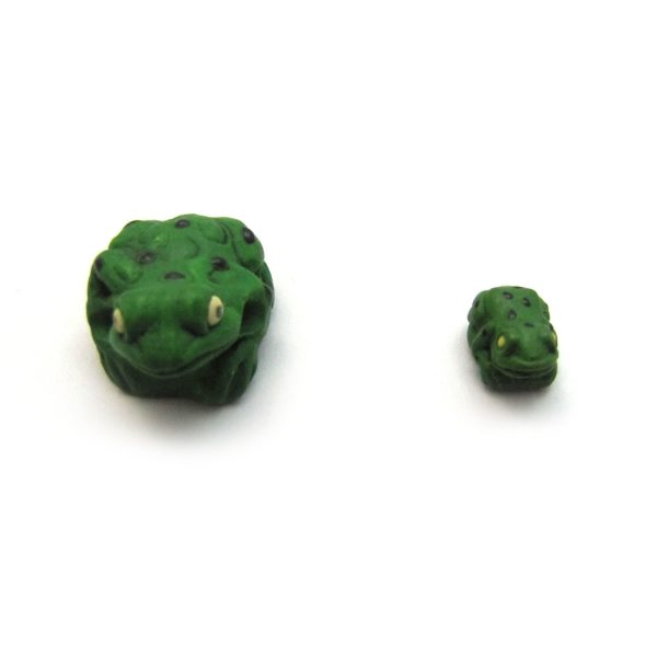 ceramic animal beads large and small – spotted frog