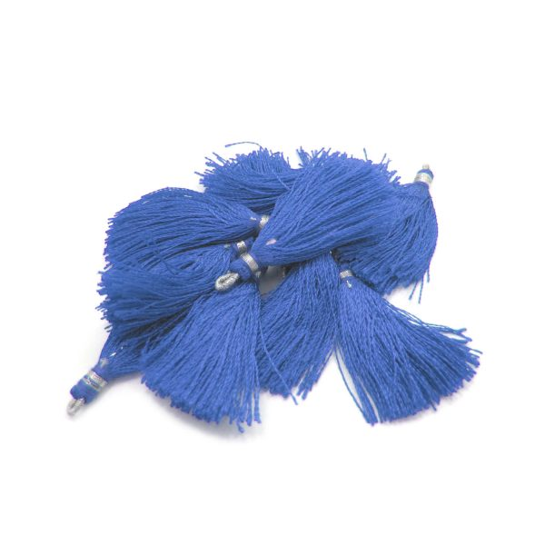 4-5cm silk tassel with silver loop – periwinkle