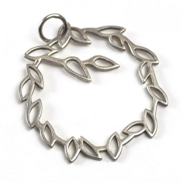 Sterling Silver Wreath (Outlined)