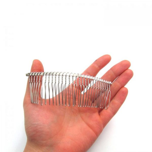 30 tooth metal hair comb to scale