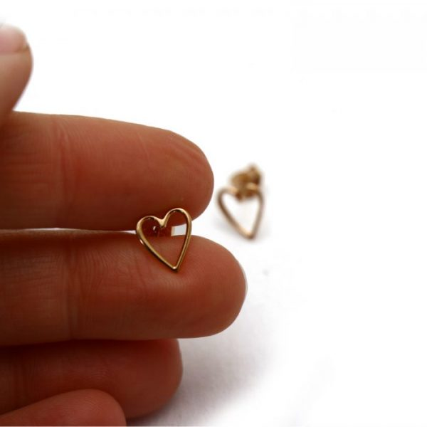 Rose gold vermeil heart outline studs size view